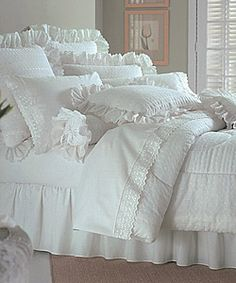 @Overstock - Lauren's White Lace Comforter Ensemble with 200 tc Sheet Set: Available in twin, full, queen, king, and Cal king sizeshttp://www.overstock.com/Bedding-Bath/Laurens-White-Lace-Comforter-Ensemble-with-200-tc-Sheet-Set/1467169/product.html?CID=214117 $59.99