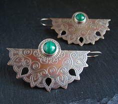 Malachite And Bronze Earrings Revisited (Cinnamon Jewellery) Mixed Metal Jewelry, Bronze Jewelry, Opal Jewelry, Jewelry Art, Jewelry Design, Jewelry Armoire, Handmade Necklaces, Handmade Jewelry, Schmuck Design