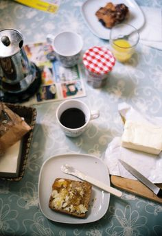 Everyday messes at home: leftover bits of breakfast