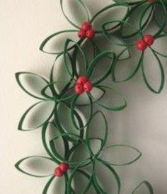 diy handprint christmas ornaments | Top 10 Pinterest Christmas Arts and Crafts Ideas DIY Pinboards