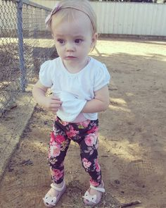 #ava#maija#rosa#mummysgirl#thoseeyes#thatface#perfection#socute#cheeky#cherub#loveher#sweetheart#floral#handmade#sweetadalyn#bow#crabappletree#pins#leggings#skinnies#minimelissa  Sooooo in love with these handmade pants from @crab_apple_tree ! They fit my little skinny minni fabulously & are of excellent quality  by my.cherubs