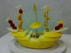New diy food art creative Ideas L'art Du Fruit, Deco Fruit, Fresh Fruit, Fun Fruit, Fruit Ideas, Food Crafts, Diy Food, Food Food, Fruits Decoration