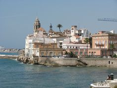 Sitges Sitges, Barcelona, Spain, Mansions, House Styles, Travel, Home, Life, Viajes