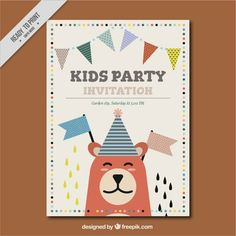 Fantastic invitation with garlands and smiling bear Free Vector