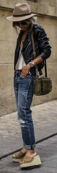 Leather jackets + perfect entry + androgynous chic + plain tee + denim jeans + classic leather jacket + Camille Callen + awesome boyish style.   Top/Jacket: Zara, Jeans: Mango.