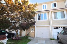 This home offers a great opportunity, make it yours today!  http://www.defalcorealty.com/listing/1105052-52-doreen-dr-graniteville-staten-island-ny-10303/  #realestate #homesforsale #nyc