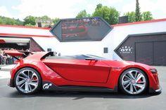 VW GTI Roadster Concept Aprovechando el Wörthersee 2014, Volkswagen ha presentado el modelo en carne y hueso del Vision con el nombre de GTI Roadster Concept.