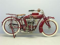 1916 Indian Powerplus 1000 - this was the first bike not designed by Hedstrom. Rather it was designed by his former assistant Charles Gustafson. By 1916 both Hedstrom and Hendee had left the company, not being able to agree.
