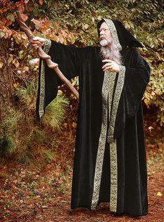 Wizard's black hooded cloakTerrific black hooded cloak for Prospero from the Tempest