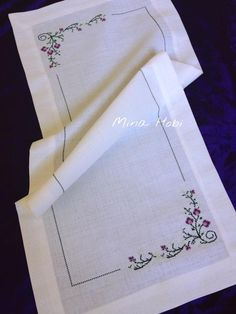 Fickr.com White Embroidery, Bargello, Cross Stitch Embroidery, Towels, Do It Yourself, Sewing, Table Runners, Napkins, Hand Embroidery