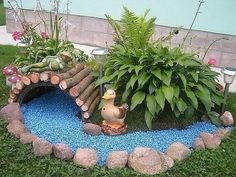 Front Garden Decor Ideas- Enhance Your Front Entrance With These ideas! – Page 7526522708 – Gardening Decor Front Yard Garden Design, Garden Yard Ideas, Garden Crafts, Front Yard Landscaping, Garden Projects, Garden Art, Landscaping Ideas, Diy Crafts, Mulch Landscaping