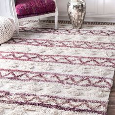 nuLOOM Handmade Moroccan Stripes Shag Ivory Tassel Rug (5' x 8') (Ivory), Size 5' x 8' (Cotton, Geometric)