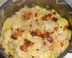 Strašanka (fotorecept) Je to jednoduchý, ale za to veľmi c Slovak Recipes, Comfort Food, Sauerkraut, What To Cook, Hawaiian Pizza, Vegan, Ham, Mashed Potatoes, Cauliflower