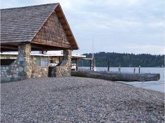 Salter's Point Beach in Steilacoom...many an afternoon sipping coffee and cocoa here with our ;-D!