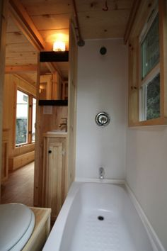 136 sq ft molecule tiny home 012 Amazingly Functional 136 Sq. Ft. Molecule Tiny Home on Wheels