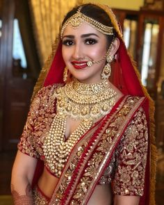 Avail The Best Bridal Makeup By The Well-Known Kajal Bridal Makeup & Mehendi Artist Indian Bridal Photos, Indian Bridal Outfits, Indian Bridal Fashion, Indian Bridal Wear, Bridal Dresses, Bride Indian, Punjabi Bride, Indian Dresses, Bridal Pics
