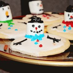 Christmas Cookie Recipe That Melts Right Before Your Eyes
