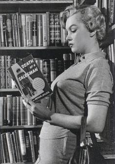 Boobs or books?