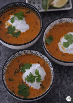 Soupe lentilles corail curry coco Ottolenghi Yotam Ottolenghi, Curry Coco, Winter Food, Vegan Life, Thai Red Curry, Breakfast Recipes, Vegetarian, Cooking, Ethnic Recipes