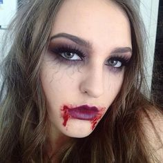 Any other Vampire Diaries fans? I did this today and had so much funnn! The vein… Any other Vampire Diaries fans? I did this today and had so much funnn! The veins are my. Disfarces Halloween, Creepy Halloween Makeup, Halloween Outfits, Scarecrow Makeup, Clown Makeup, Mac Makeup, Prom Makeup, Simple Halloween Makeup, Makeup Brushes