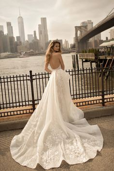 WedLuxe– Berta Bridal – Spring 2018 Collection |  Follow @WedLuxe for more wedding inspiration!