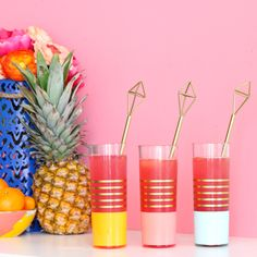 Learn how to DIY your own brass (gold) himmeli drink stir sticks for your next party - easy party decor ideas - summer party - geometric party decorations - party decor - craft