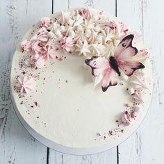 Cake for little girl