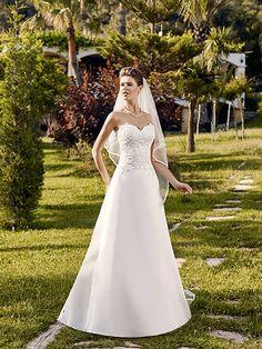Oka, collection de robes de mariée - Point Mariage