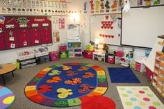 Room Setup, LOVE this collection of classrooms to check out!