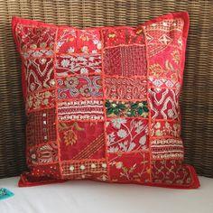 Capa de Almofada New Patch Vermelha | Balai - balai