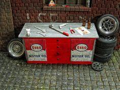 Werkbank Werkzeug Schraubstock Zange Werkstatt Garage Diorama Deko Zubehör 1/18   eBay