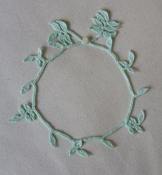 Crocheted Necklace Minty Leaves von mygiantstrawberry auf Etsy