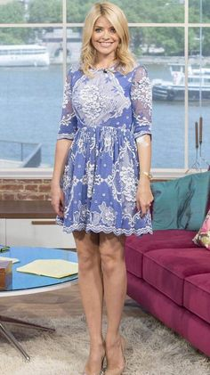 The new Patsy? Holly Willoughby gives it a bolly good try as she enjoys a glass of champagne and a cigarette Holly Willoughby Legs, Holly Willoughby Outfits, Flawless Beauty, Thing 1, Stylish Outfits, Stylish Clothes, Gorgeous Women, Cute Dresses, Dress Skirt