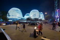 Zaha Hadid Architects, Iwan Baan, Hufton + Crow · Galaxy Soho