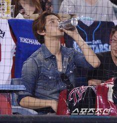 Tvxq Changmin, Good Old Times, Kpop, Real People, Korean Actors, Husband, Baseball, Bo Gum, Game