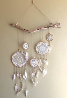 Real wood dream catcher with broderie net in white color Dream catcher . - Real wood dream catcher with broderie net in white color Real wood dream catcher with broderie net - Dream Catcher Decor, Small Dream Catcher, Feather Dream Catcher, Dream Catcher Boho, Doily Dream Catchers, Diy Tumblr, Diy 2019, Doilies Crafts, Traditional Decor