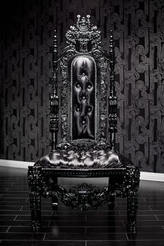 Black Lacquer Skull Baroque Chair <3