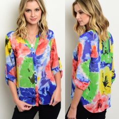 Bright Floral Print Top Get ready for spring with this bright floral print button down top with 3/4 roll up sleeves. Sizes: S M L.   comment below with size to purchase and I will create another listing for you to purchase. Tops