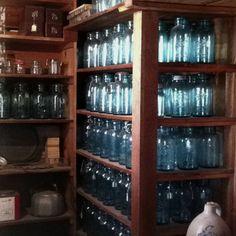 Shaker canning storage