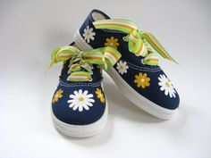 Girls Daisy Shoes, Toddler, Hand Painted Flowers, Kids, Cotton Canvas Sneakers