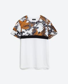 PARROT AND FLOWER PRINT T-SHIRT