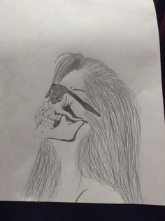 My attempt at the skull drawing, I think I did pretty well :)