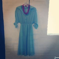 This Betty Draper dress can be dressed up or down for those busy summer days