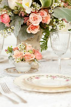 teacup flower centerpiece; Decorous Dishes vintage rentals & 333 Designs / Sweet Peach Photography