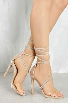 bb3fb4e888c 320 Best mostly feminine dresses and shoes images
