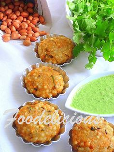 How To Make An Authentic Maharashtrian Style Sabudana Vada….revealing my secrets. Let me assure that once you have tried this recipe, you would keep coming back to it. Vegetarian Starters, Vegetarian Cooking, Easy Cooking, Vegetarian Recipes, Snack Recipes, Cooking Recipes, Veg Recipes, Cooking Tips, Breakfast Recipes