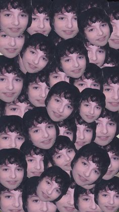 Finn Wolfhard Wallpaper ❤️