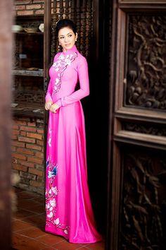 15 kiểu áo dài đẹp nhất xuân Bính Thân của sao Việt - ảnh 36