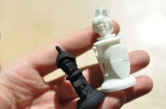 A Chess Set with Your Own Head on the Chess Pieces