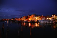 Sottomarina Chioggia Italien New York Skyline, Travel, Italy, Voyage, Trips, Traveling, Destinations, Tourism